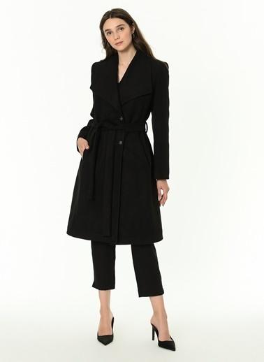 Dewberry Polyesterli Belden Bağlamalı Düğmeli Cepli Kadın Palto Siyah
